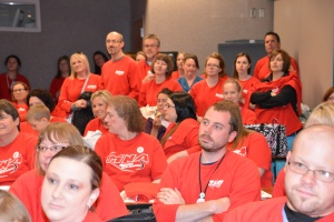 MNA members in red